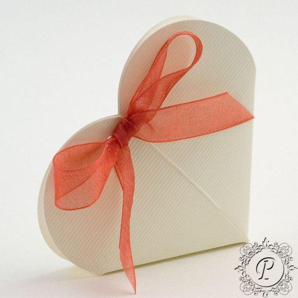 Ivory Scia Heart Wedding Favour Box