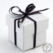 White Gloss Cube Corpercio